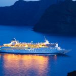 The best time of year to book last minute cruises